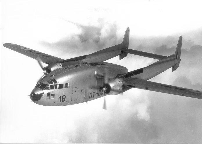 (求助)美国c-119运输机的三面图或者工作图纸